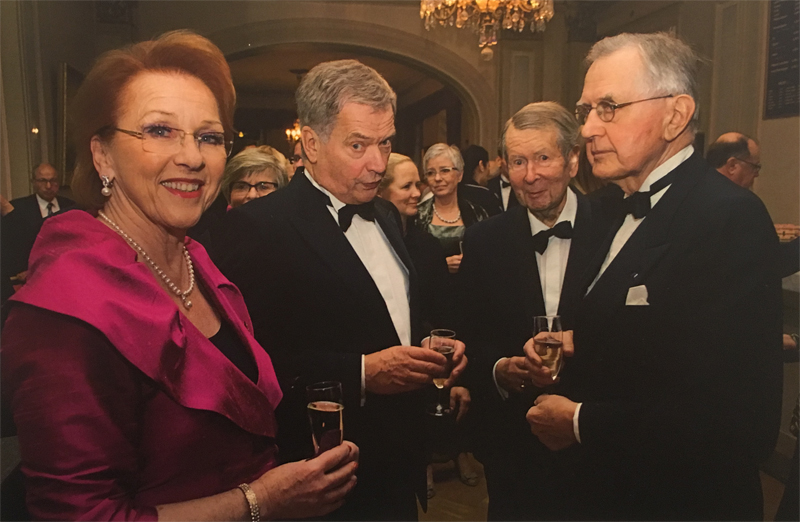 90th Years Celebration of Consular Corps in 2015 with (from left) Consul Margareta Eidenstein, President of CC in Sweden, Mr. Sauli Niinistö, President of Finland, Consul General Gaius Gyllenbögel and Professor Matti Klinge.