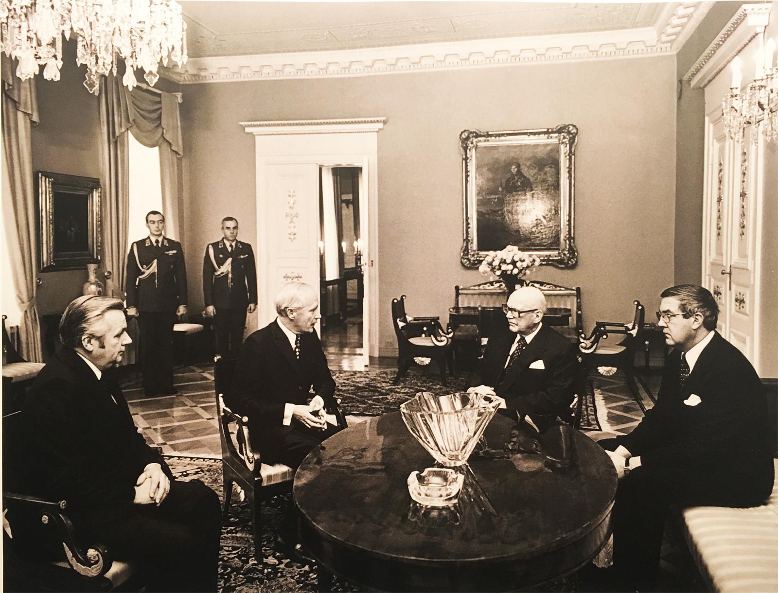 President-Kekkonen-meeting-the-CC-delegation-in-1970s